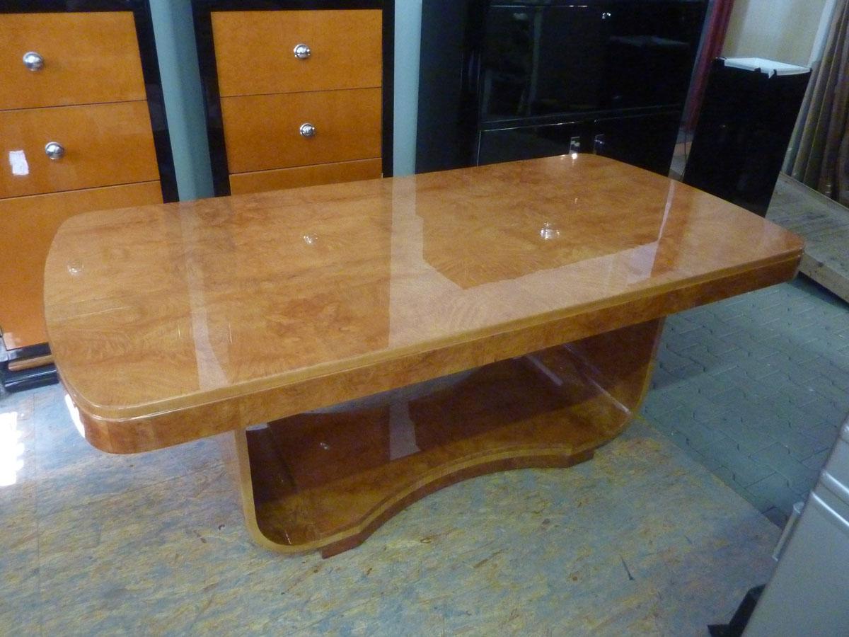 Art Deco Tisch, Eisbirke, hochglanz poliert