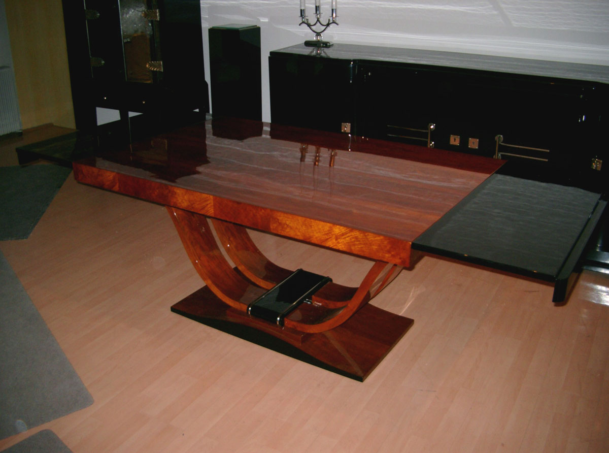 Art Deco Tisch, restauriert, Nußbaum, schwarz hochglanz