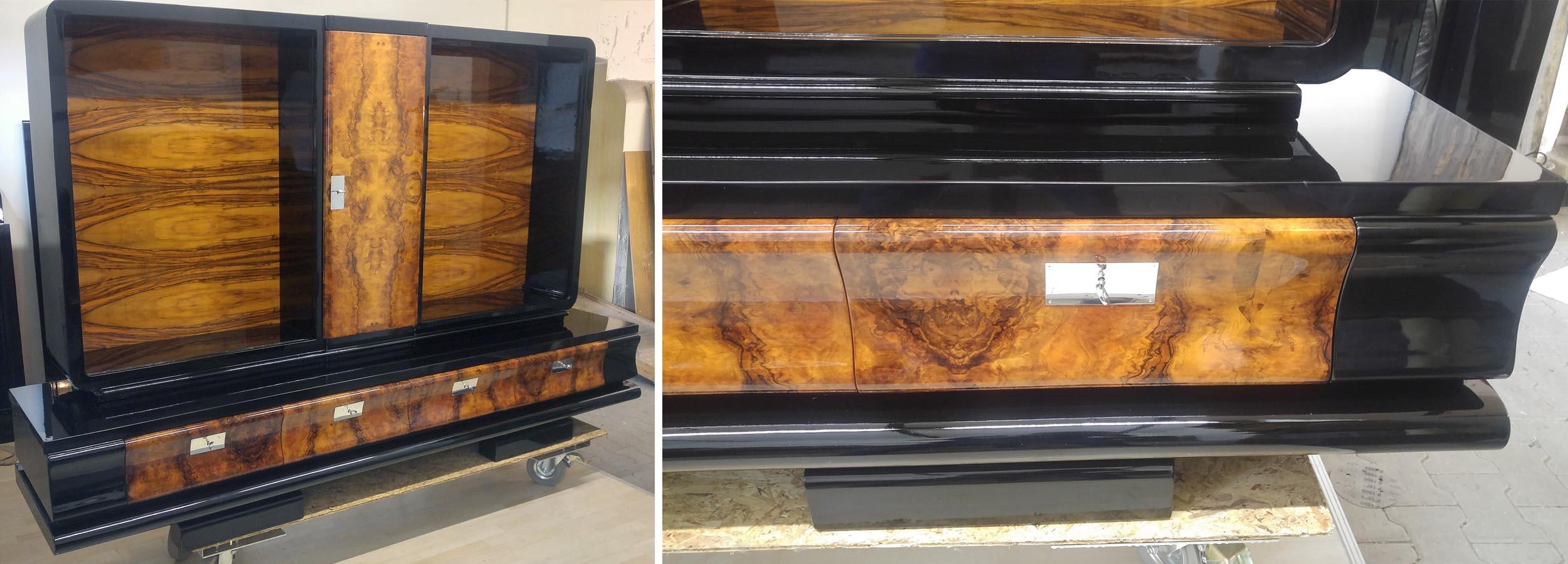 Art Deco Vitrinenschrank, schwarz Nußbaum, restauriert, lackiert