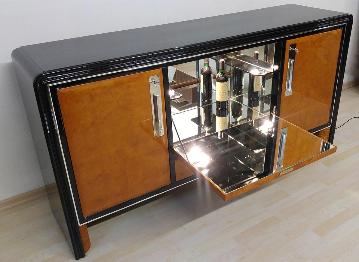 Bauhaus Vitrinenschrank, restauriert