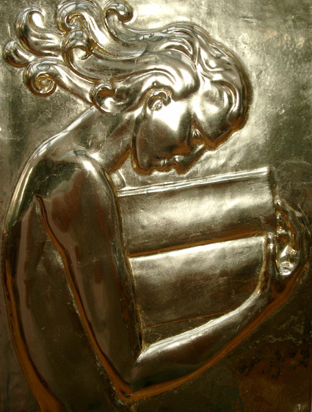 Detailansicht der Hochglanzvergoldung