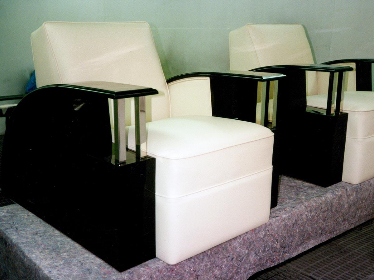 Art Deco Sessel mit cremefarbenem Leder