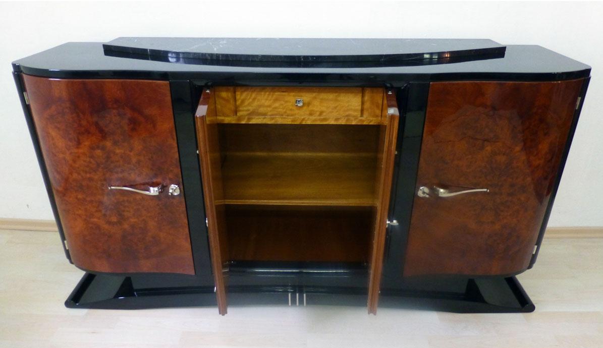 Art Deco Sideboard Nussbaumwurzel, schwarz hochglanz, hochwertig restauriert
