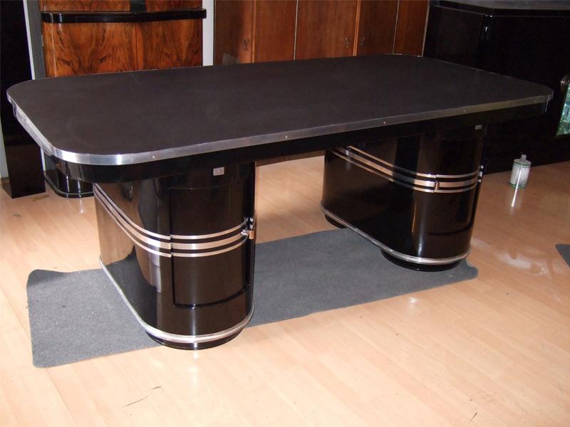 """""""Mauser"""" Schreibtisch, schwarz hochglanz, poliert, neue Lederauflage"""