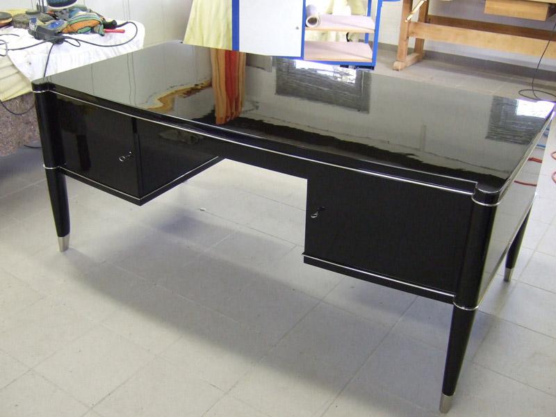 """Lackierter Schreibtisch """"De Cone"""" in schwarz hochglanz"""