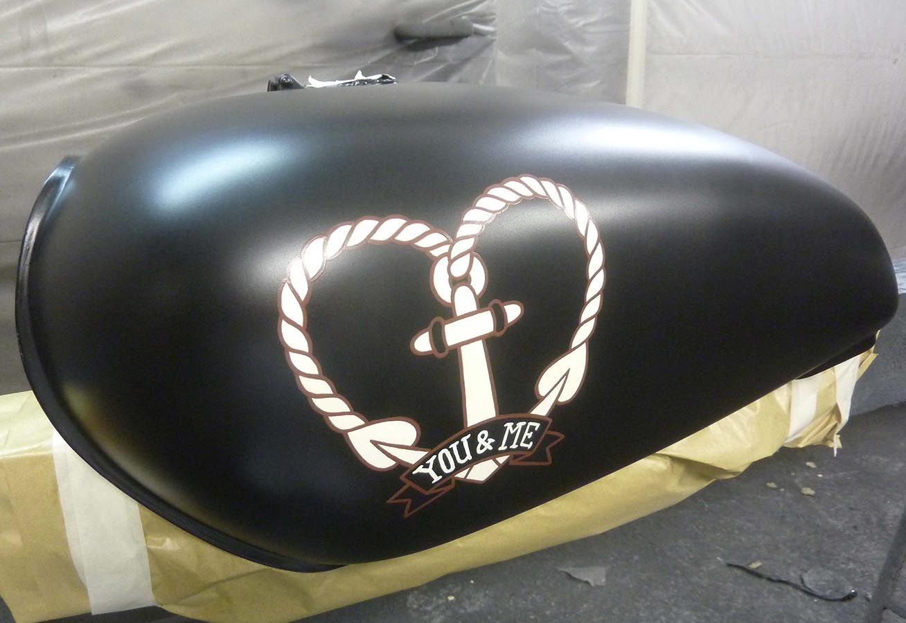 Motorradtank
