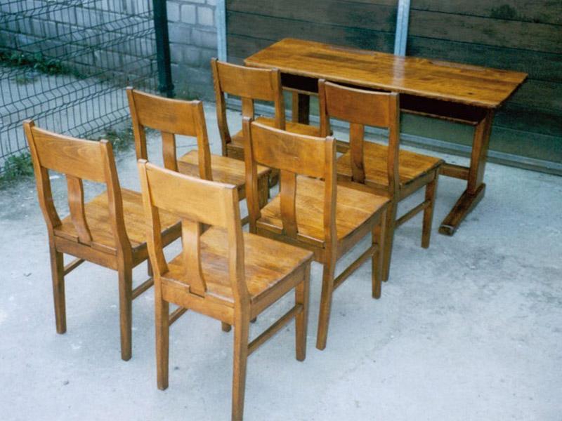 Kinder Schulbank mit 6 Stühlen, Eiche, neu restauriert