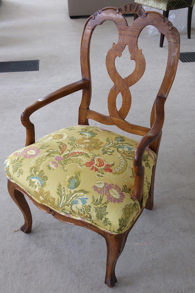 Stuhl antik, Barock, restauriert